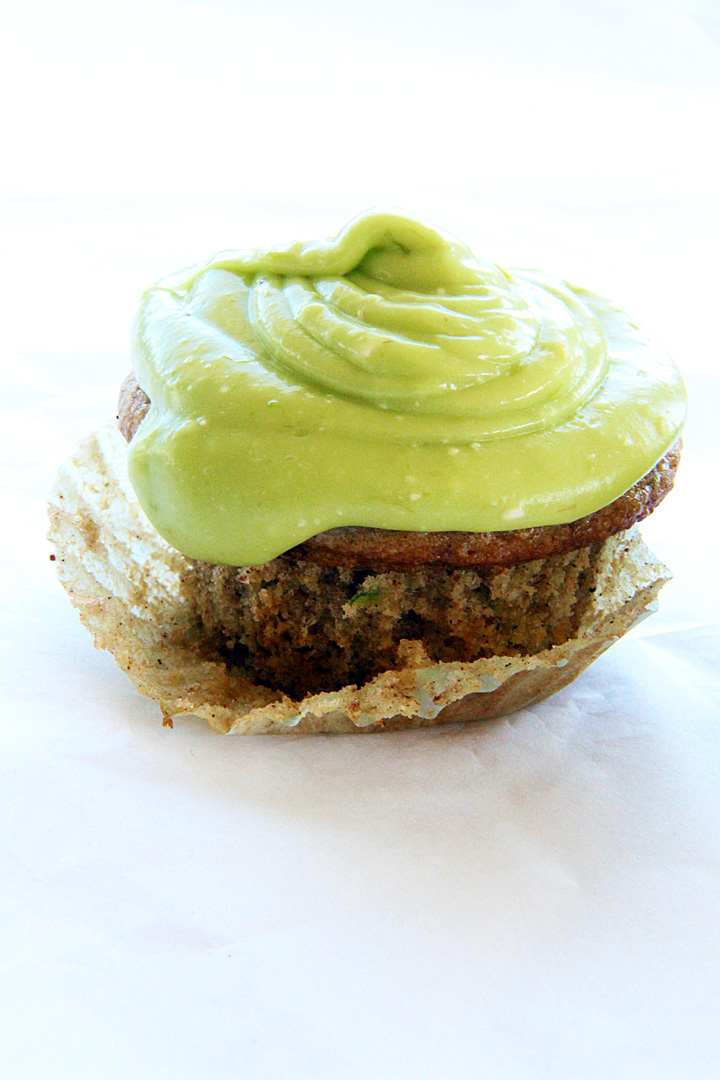 » Zucchini Cupcakes with Avocado Buttercream Frosting ...
